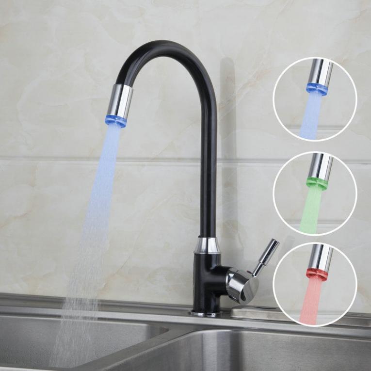 zwarte olie keuken kraan draaibaar met led verlichting op waterkracht